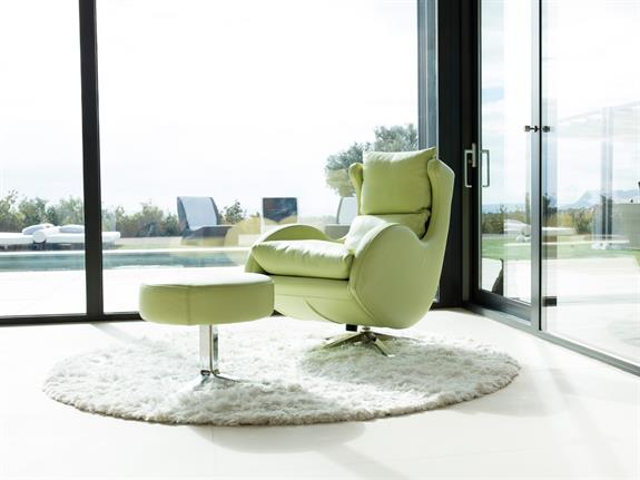 Rocker/Swivel Armchair - Leather